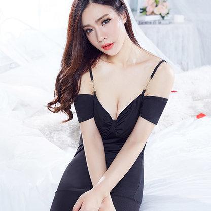 夜店女王低胸露肩包臀紧身洋装短款连衣裙